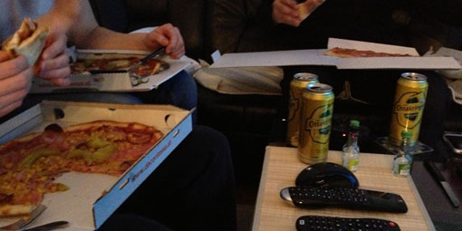 130429-pizza-bier-ps3-01
